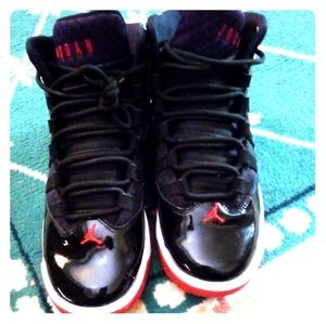 Boys nike jordan high tops size 5